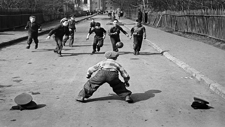 Jeux de l'URSS dans la cour