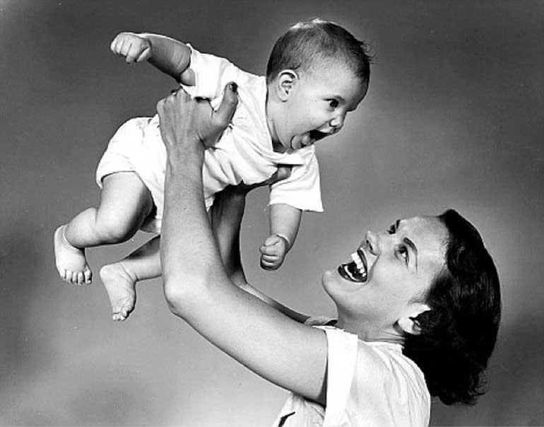 mère de l'URSS avec bébé